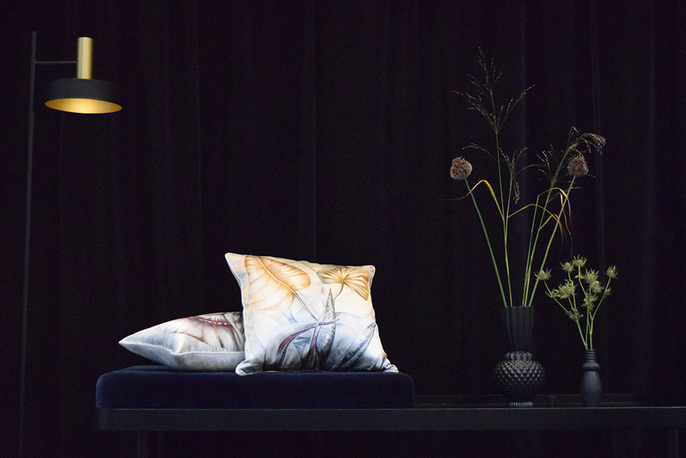 silkcushions_darkdaybed_web